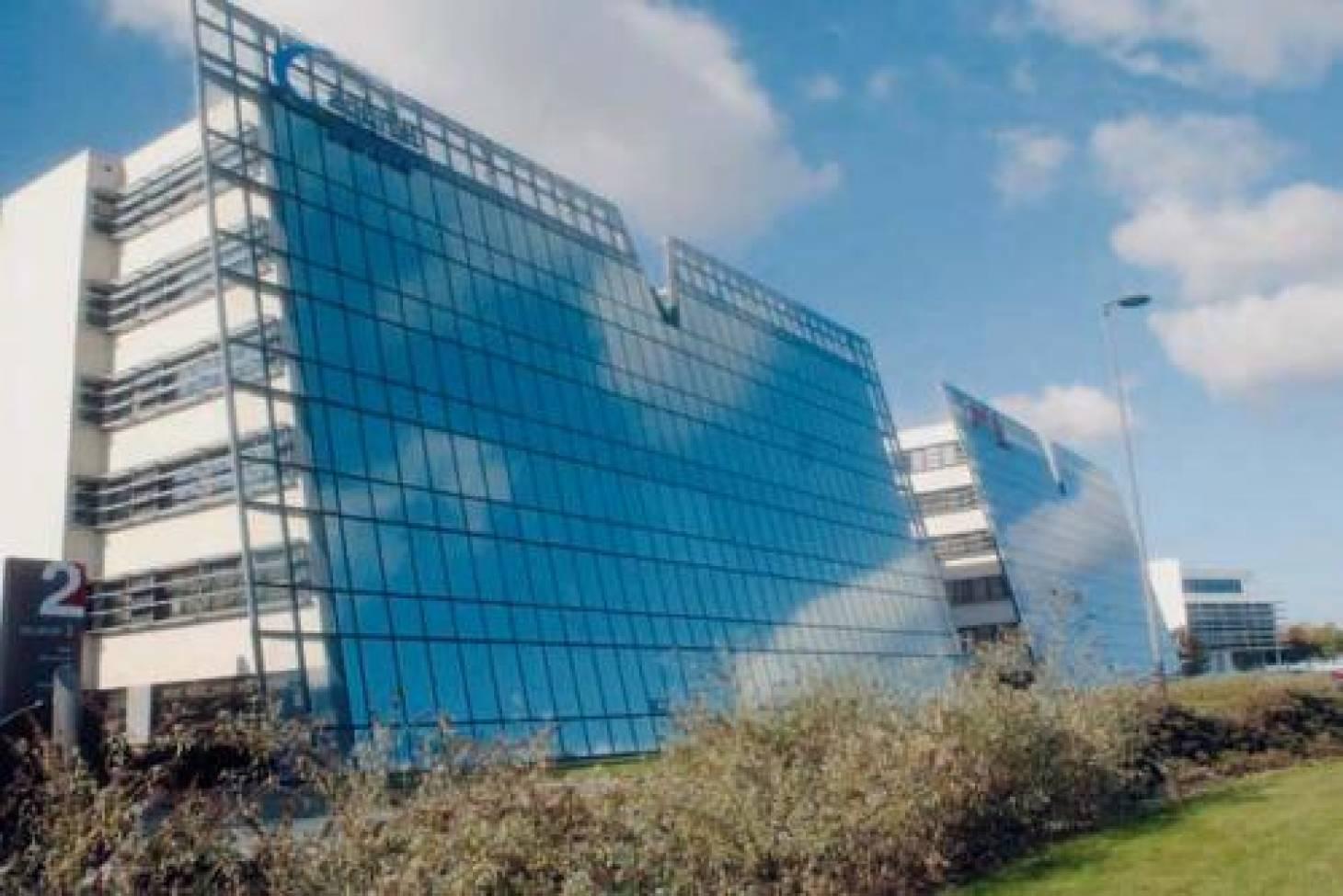 Le Conseil général vend 10 000 m2 de bureaux