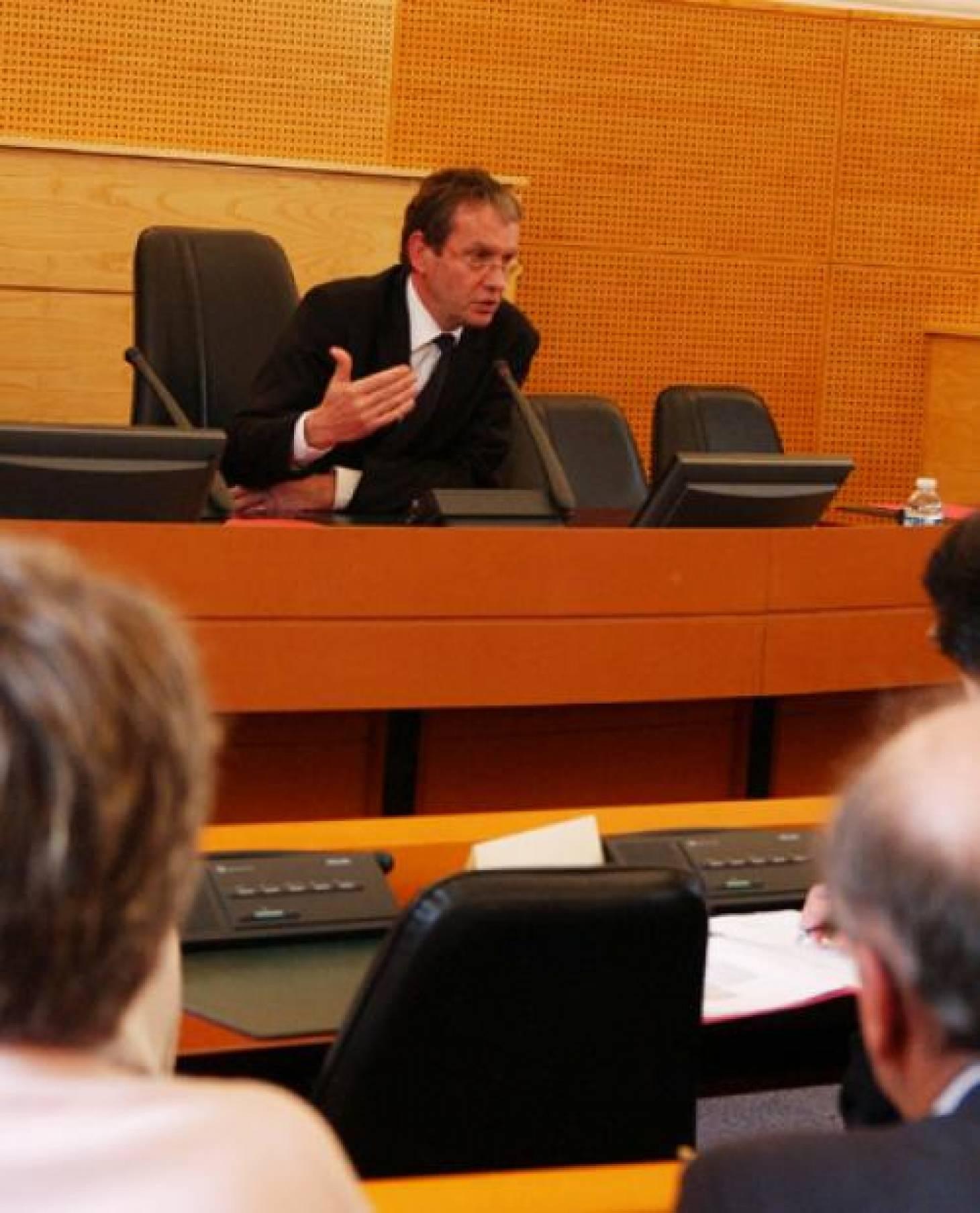 Yves Jean élu président
