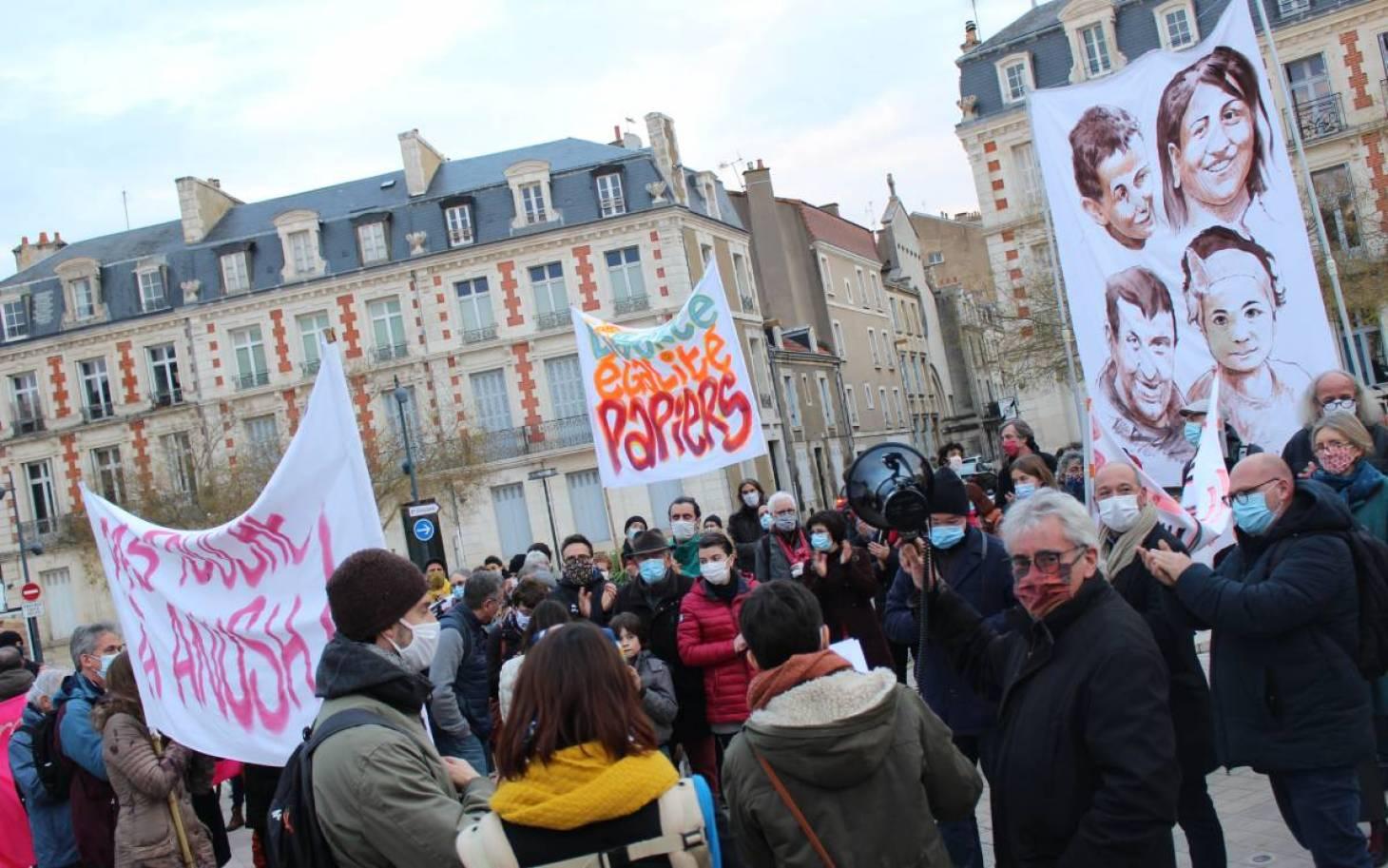 Migrants : «une politique de découragement»