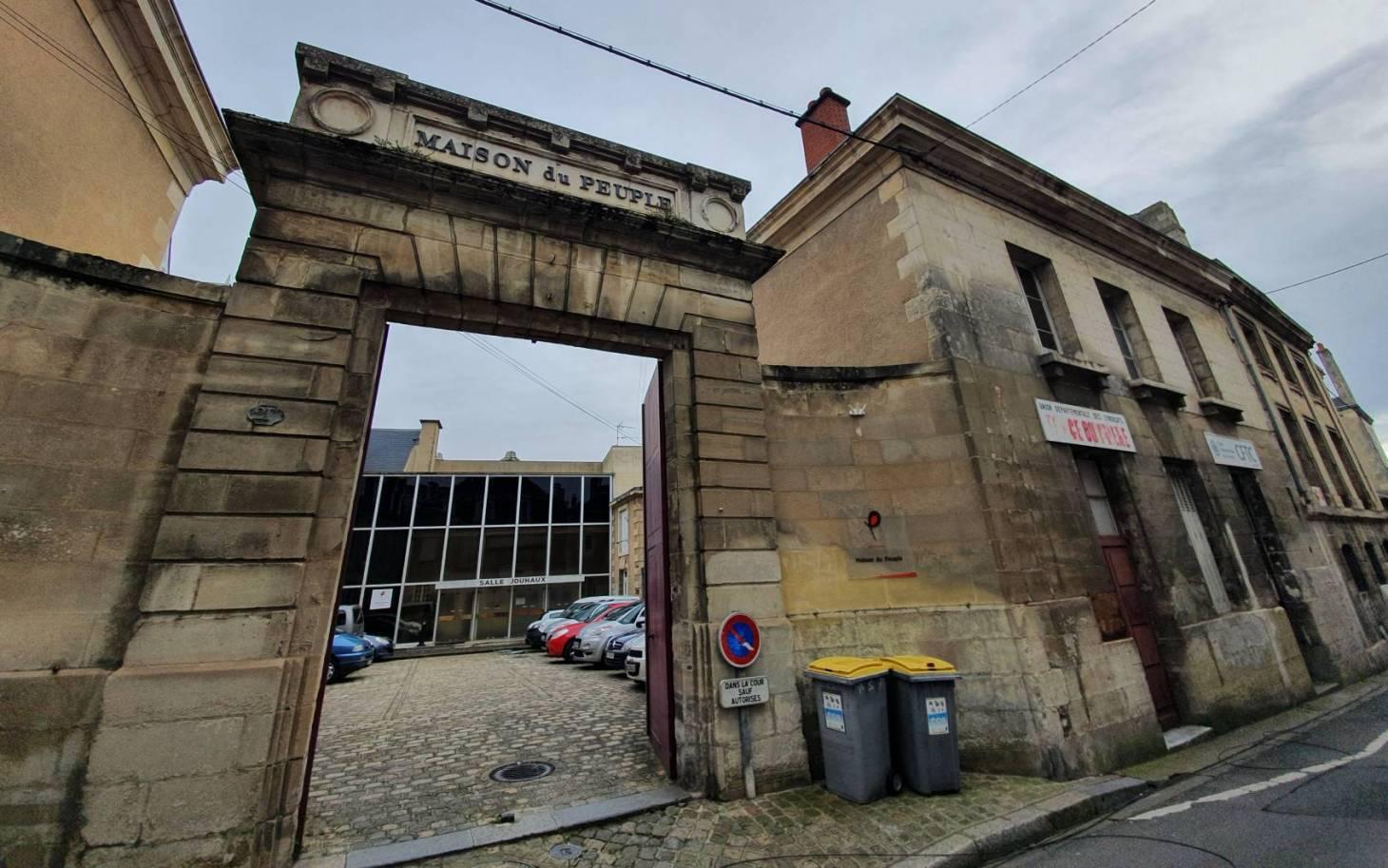 Poitiers - La Maison du peuple d'hier à demain