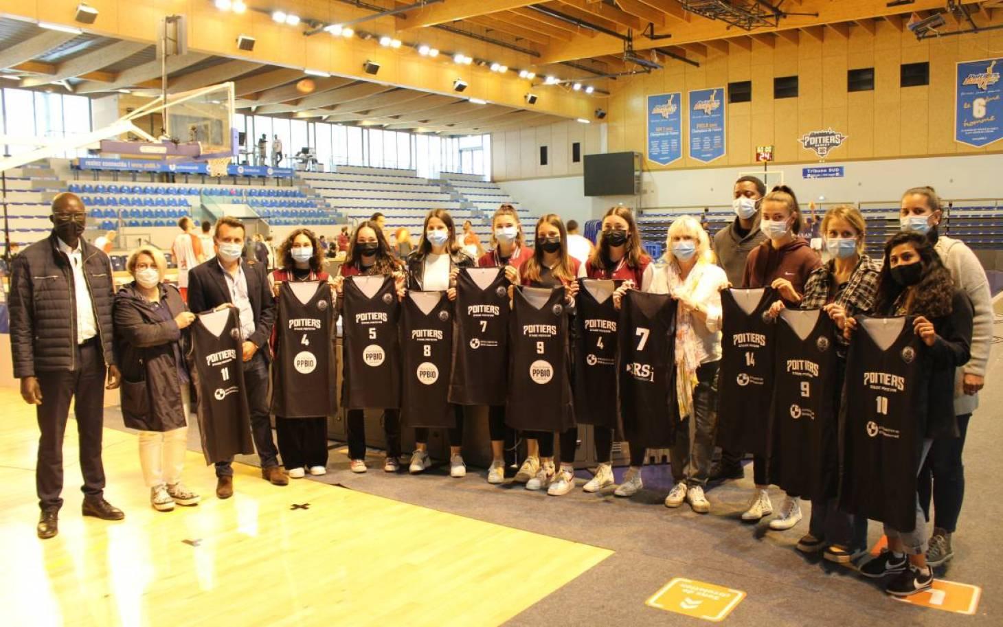 A Poitiers, le basket féminin en voie de développement