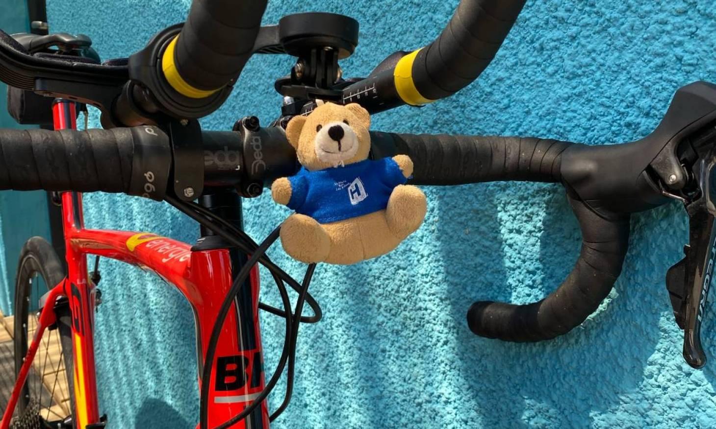 Un étudiant poitevin traverse la France à vélo au profit d'Un hôpital pour les enfants
