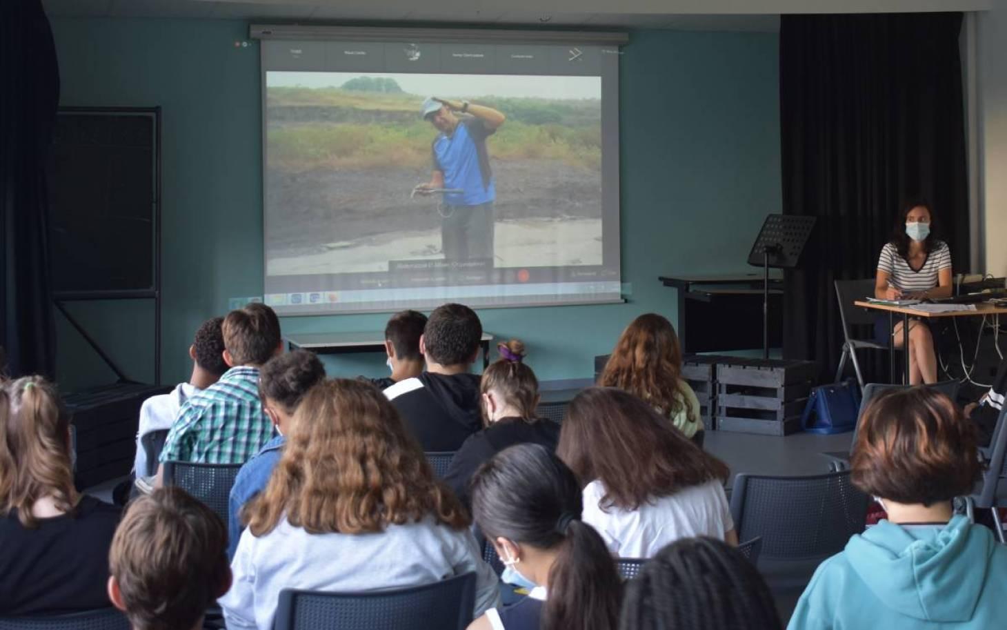Un cours en direct… du Gabon!