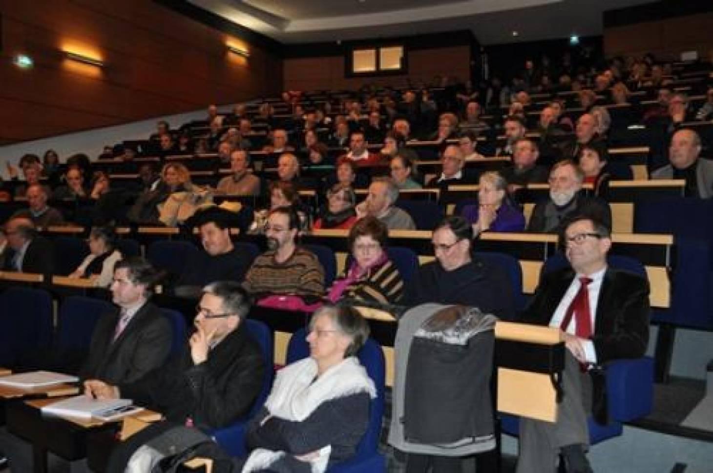 Ex-théâtre : les élus sclérosent le débat