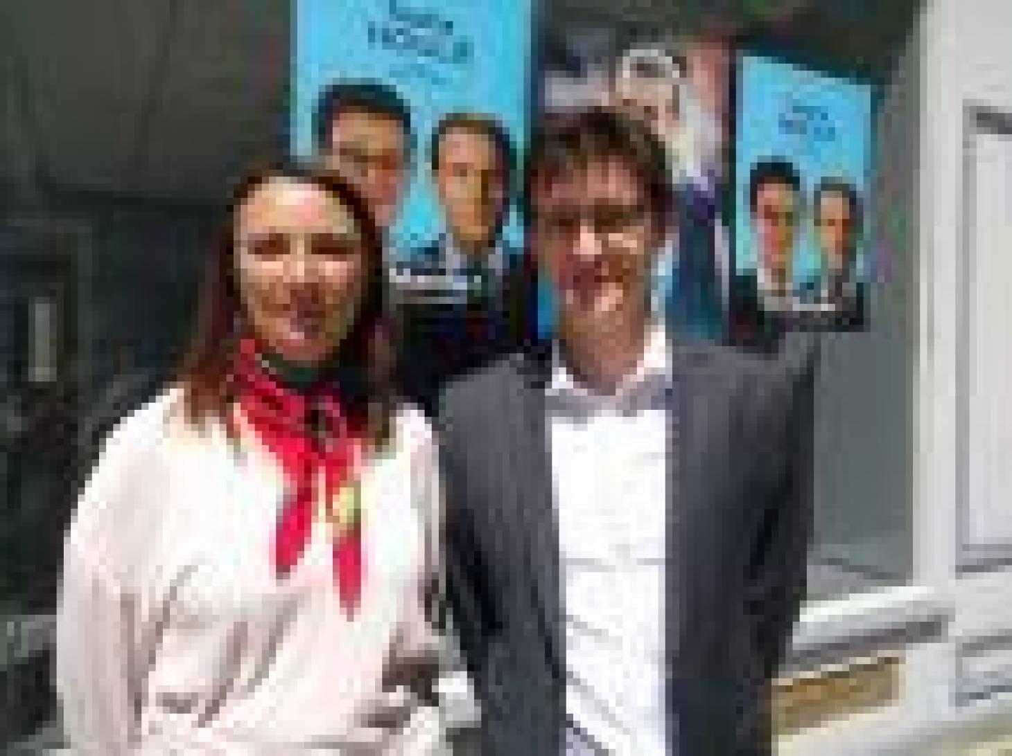 """Legislatives - La campagne de Sacha Houlié """"basée sur l'écoute et la proximité"""""""