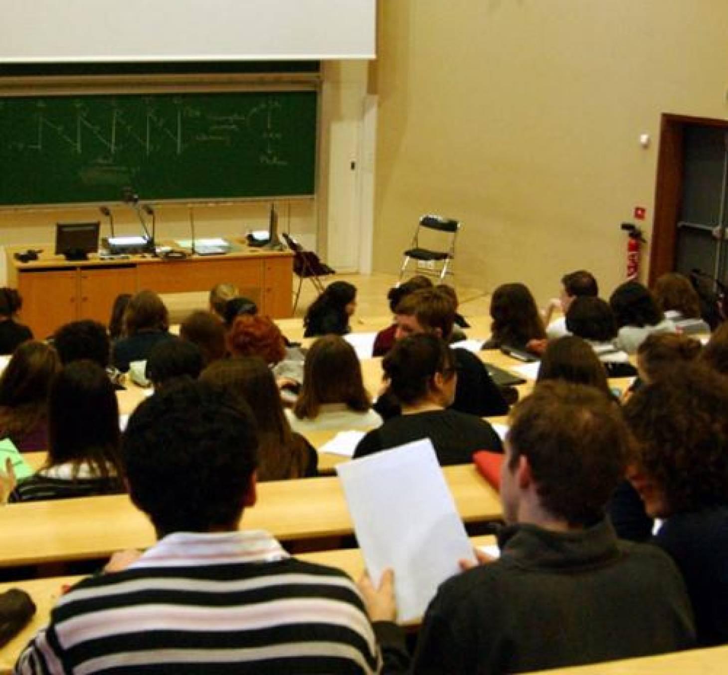 Une stratégie pour l'université