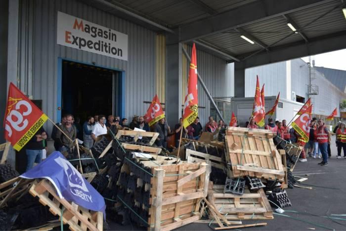 Fonderies d'Ingrandes : les salariés bloquent les expéditions