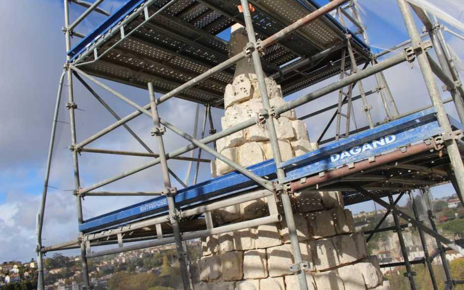 A Poitiers, le chantier de l'église Saint-Jean-de-Montierneuf se poursuit