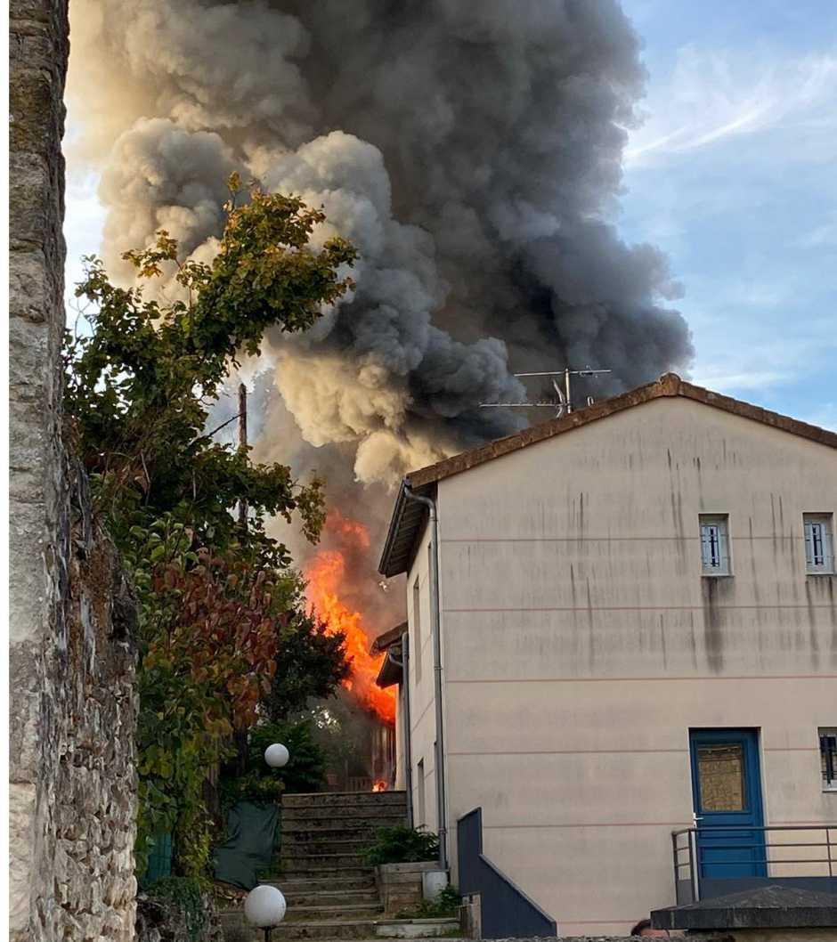 Poitiers - Un homme décède dans l'incendie de sa maison
