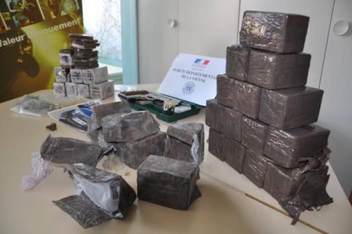 La police saisit 12kg de résine