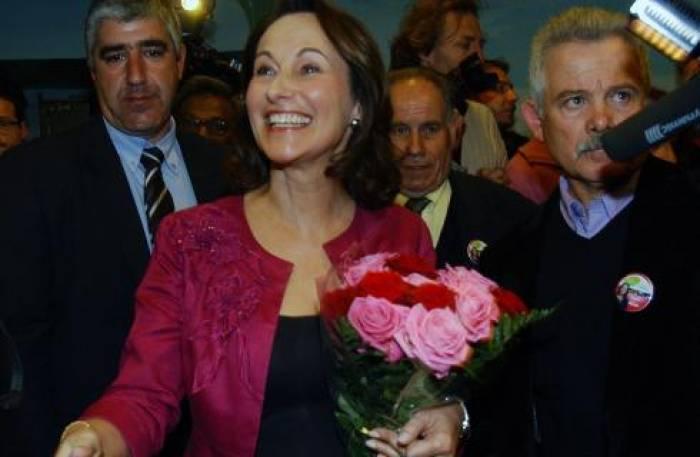 Ségolène Royal réélue<br> dans un fauteuil