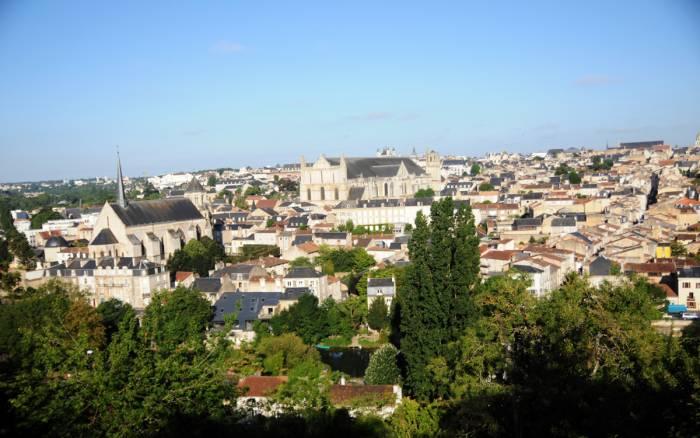 Poitiers, capitale monumentale