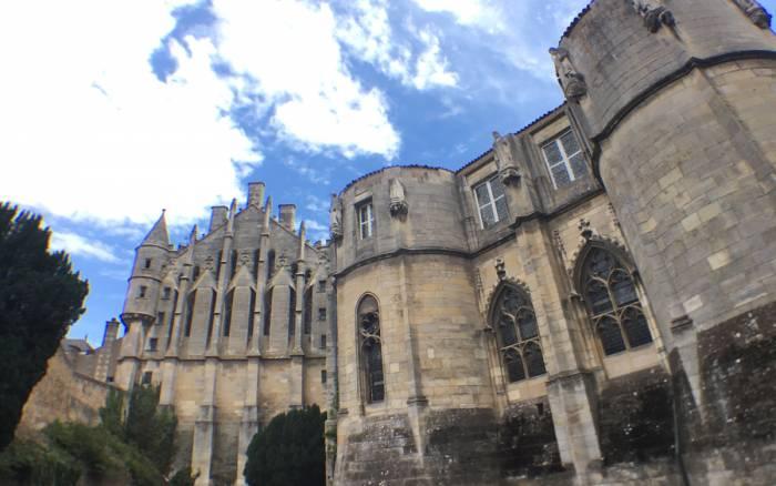 Poitiers/archéologie : Une campagne de fouilles démarre sous la tour Maubergeon