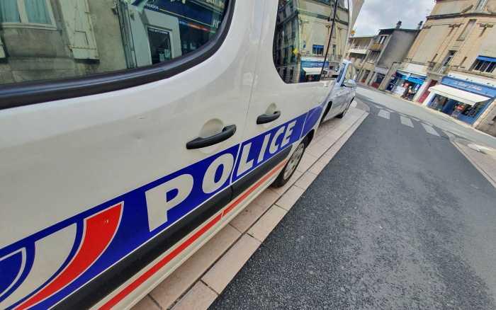 Les policiers dans le viseur