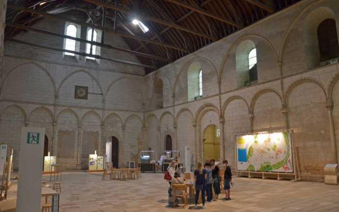 Le palais des ducs d'Aquitaine, la nouvelle «place publique»