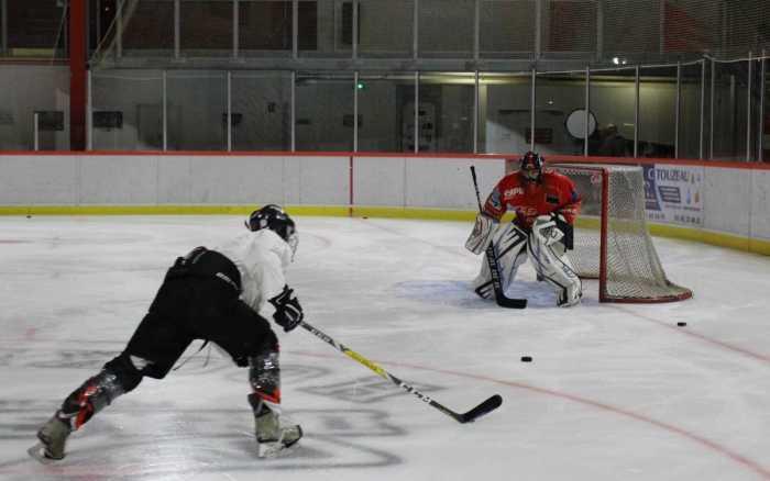 Le Stade poitevin hockey club à l'heure canadienne