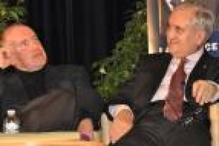 Raffarin et « Mam » attaquent, Bussereau propose